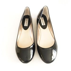 Steve Madden Black PU Flats Size 9.5
